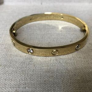 Jewelry - Gold love bracelet size 16
